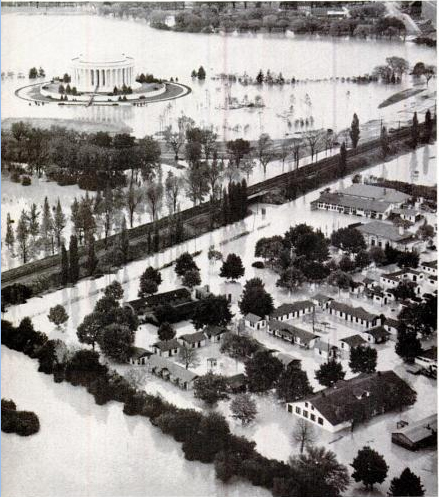 Flooding at Jefferson Memorial, October 17, 1942