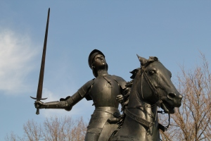 Jeanne D'Arc statue - sword close-up