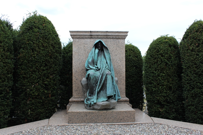 The shrouded statue built to memorialize Clover Adams. (Photo: Historic District)